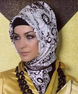 turkish_hijab[1]
