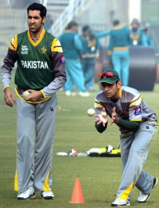 pakistan-cricket-team-train-for-india-hafeez-gul-afp_zpsf96fd7be[1]
